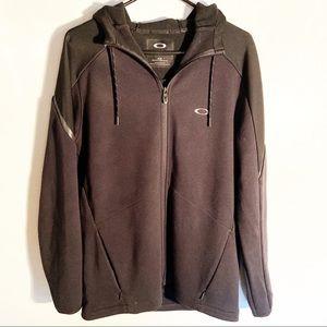 Men's Black Oakley Zip Sweatshirt. Medium
